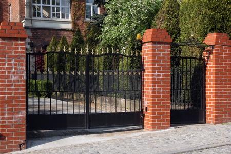Заборы и ворота в Луховицах